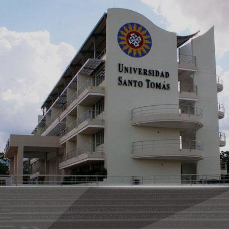 святой томас villavicencio