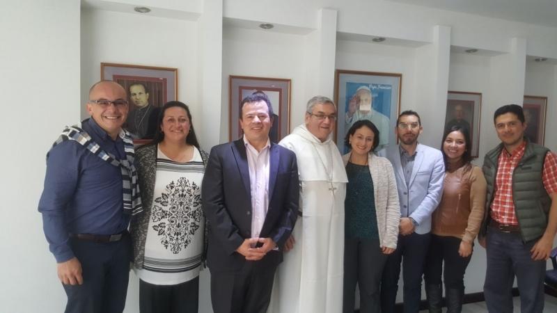 Благодаря межинституциональному соглашению, Университет Санто-Томас прибывает для поддержки мирных проектов на западе Бояки