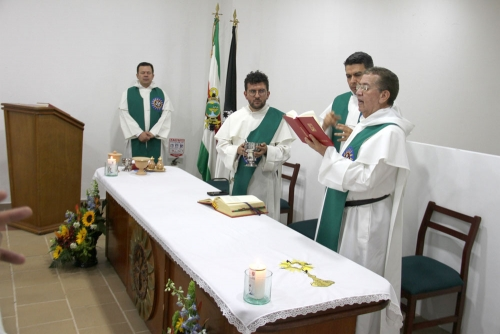 Dominican Friars Bless the New Tomasina House