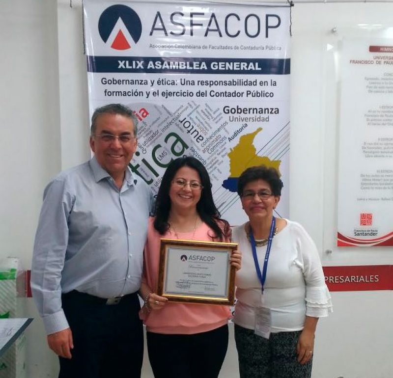 The Colombian Association of Faculties of Public Accounting, granted recognition to the Santo Tomás University