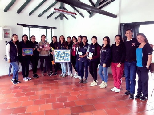 The USTA Tunja leaves the classroom to contribute to the construction of the environment