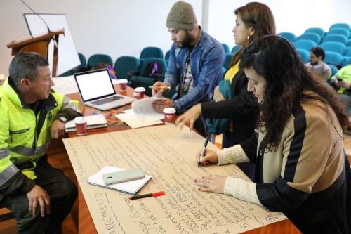 Построение знаний и опыта в USTA Tunja